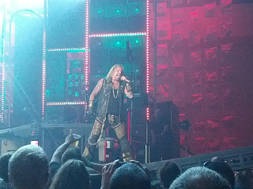 Review: Motley Crue\'s Farewell Tour Comes to Sioux City